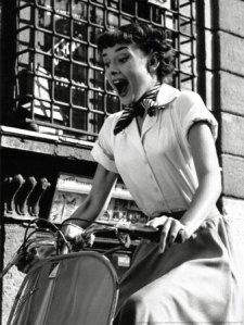 Audrey-roman-holiday-scooter
